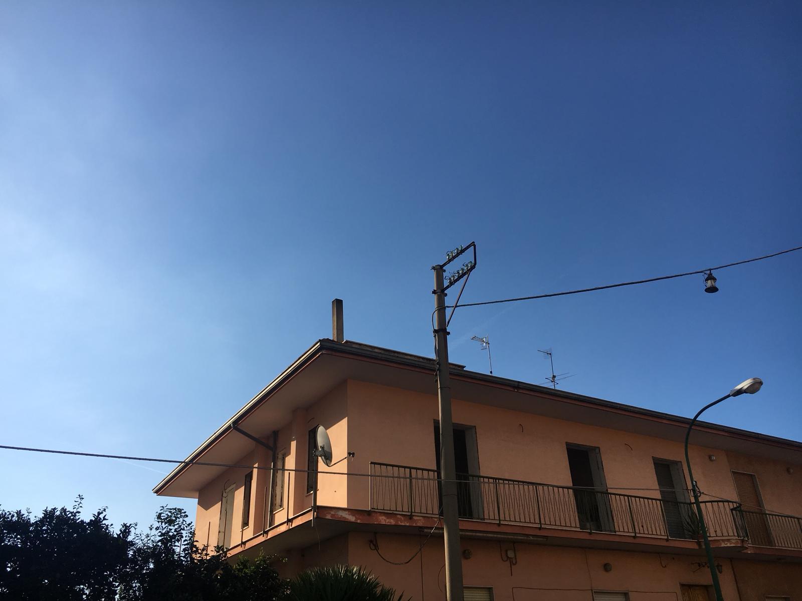 Appartamento in vendita a Nola, 4 locali, zona Zona: Piazzolla, prezzo € 90.000   CambioCasa.it