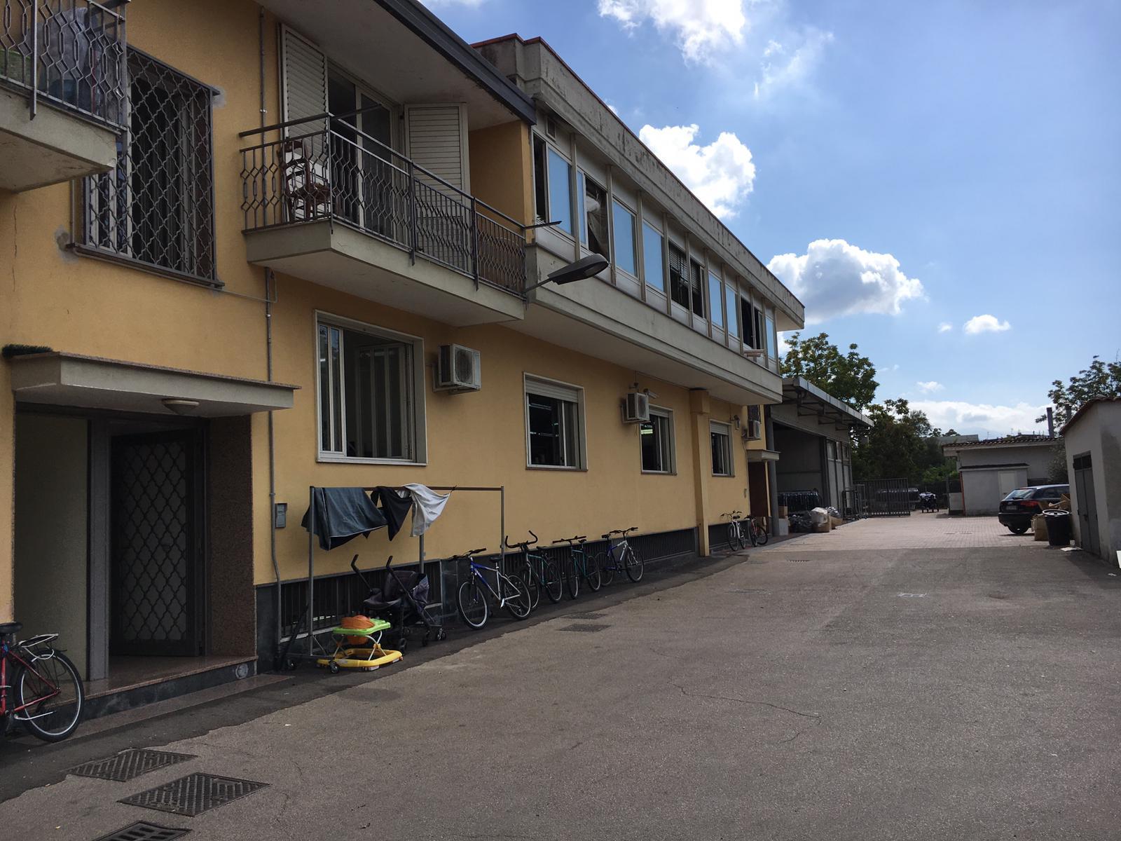 Palazzo / Stabile in vendita a San Gennaro Vesuviano, 4 locali, Trattative riservate | CambioCasa.it