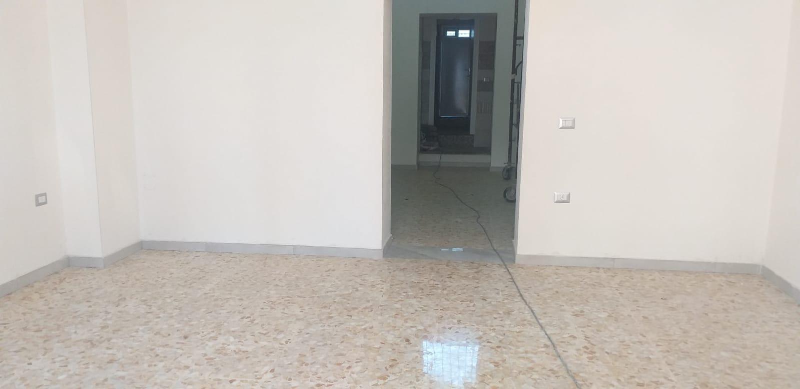 Negozio / Locale in affitto a Ottaviano, 9999 locali, prezzo € 550 | CambioCasa.it