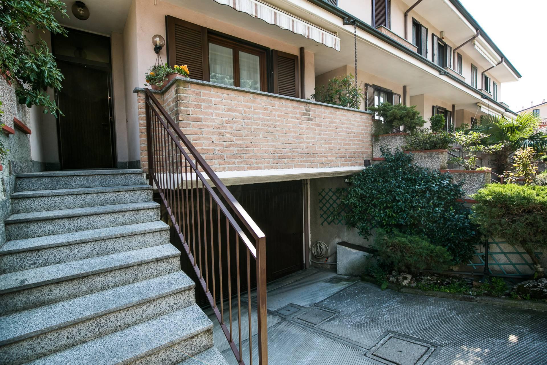 Villa a Schiera in vendita a Saronno, 5 locali, prezzo € 359.000 | CambioCasa.it