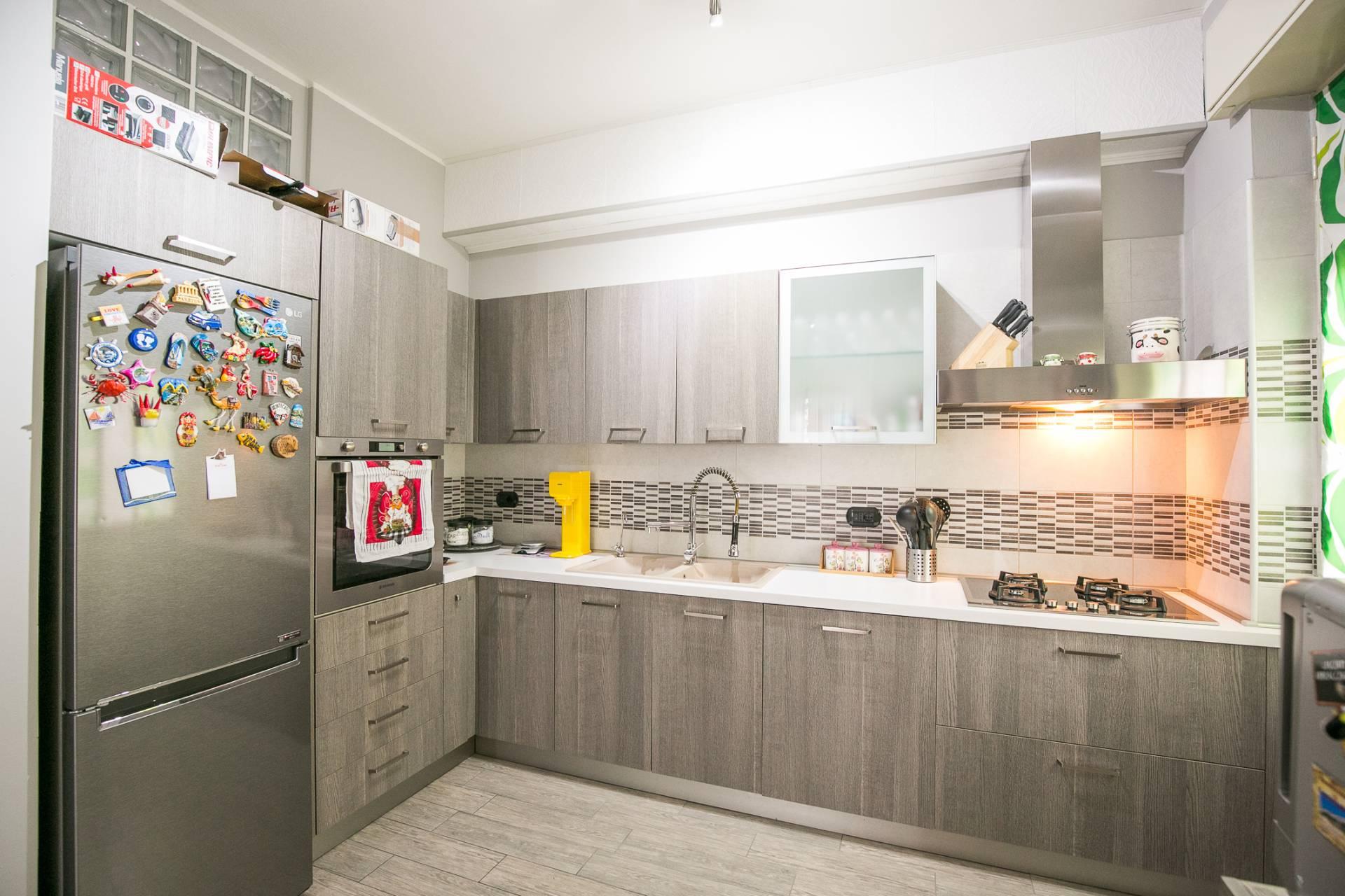 Appartamento in vendita a Cerro Maggiore, 3 locali, prezzo € 169.000 | CambioCasa.it