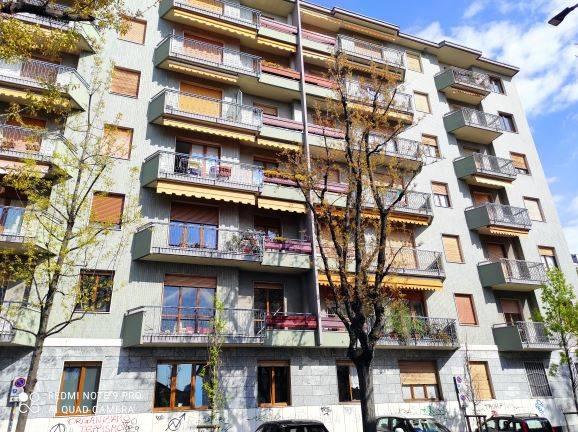 Ufficio / Studio in affitto a Saronno, 9999 locali, prezzo € 550 | CambioCasa.it