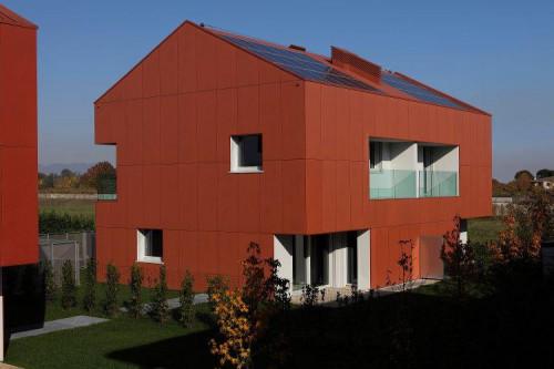 Villa bifamiliare in Vendita a Uboldo