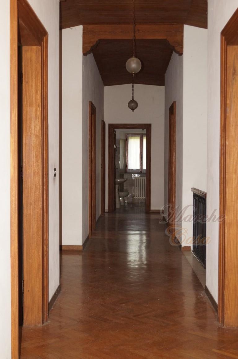 Marche casa CASALE DEI 100 CAMINI