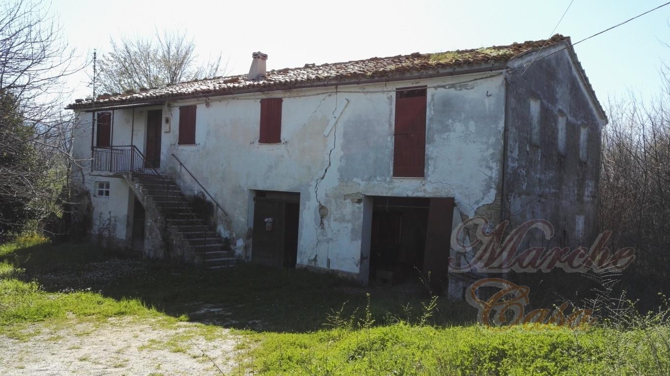 Marche casa CASALE DEL SANTO