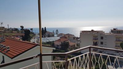 2 locali in Vendita a Santo Stefano al Mare