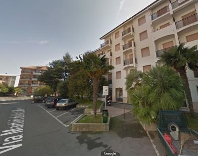 Locale commerciale in Vendita a San Bartolomeo al Mare