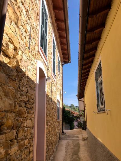 3 locali in Vendita a Diano San Pietro