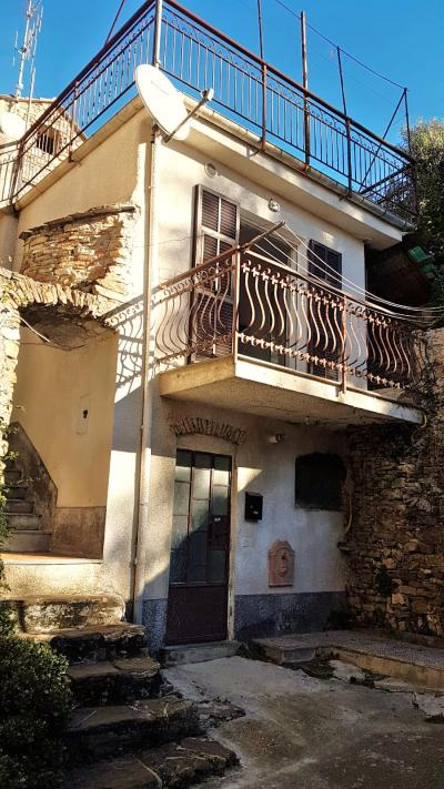 4 locali in Vendita a Andora