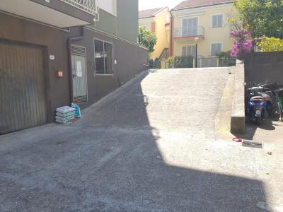 Box in Vendita a Diano Marina