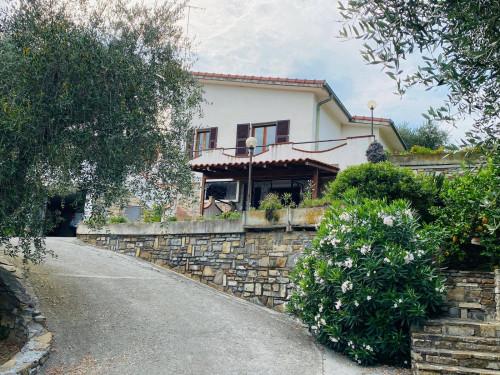 Villa singola in Vendita a Diano Marina