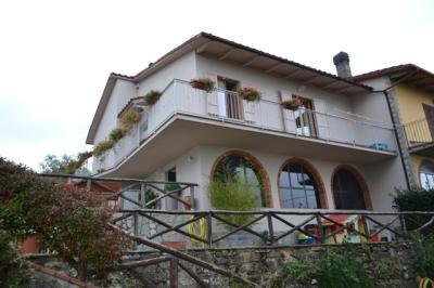 Villette a schiera in Vendita a Castelfranco di Sopra