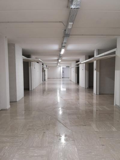 Box o garage in Vendita a Porto San Giorgio