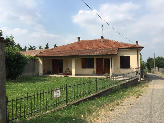 Villa in vendita a San Damiano al Colle, 3 locali, prezzo € 95.000 | Cambio Casa.it