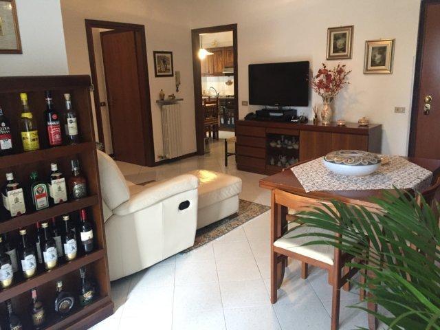 Appartamento in vendita a Stradella, 3 locali, prezzo € 135.000 | Cambio Casa.it