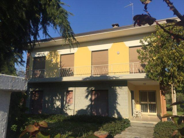 Appartamento in affitto a Broni, 4 locali, prezzo € 400 | Cambio Casa.it