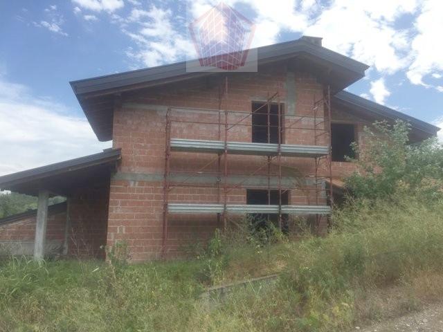 Villa in vendita a Stradella, 4 locali, prezzo € 145.000 | Cambio Casa.it
