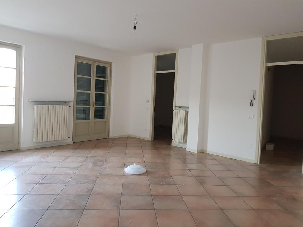 Appartamento in affitto a Broni, 3 locali, prezzo € 500 | CambioCasa.it