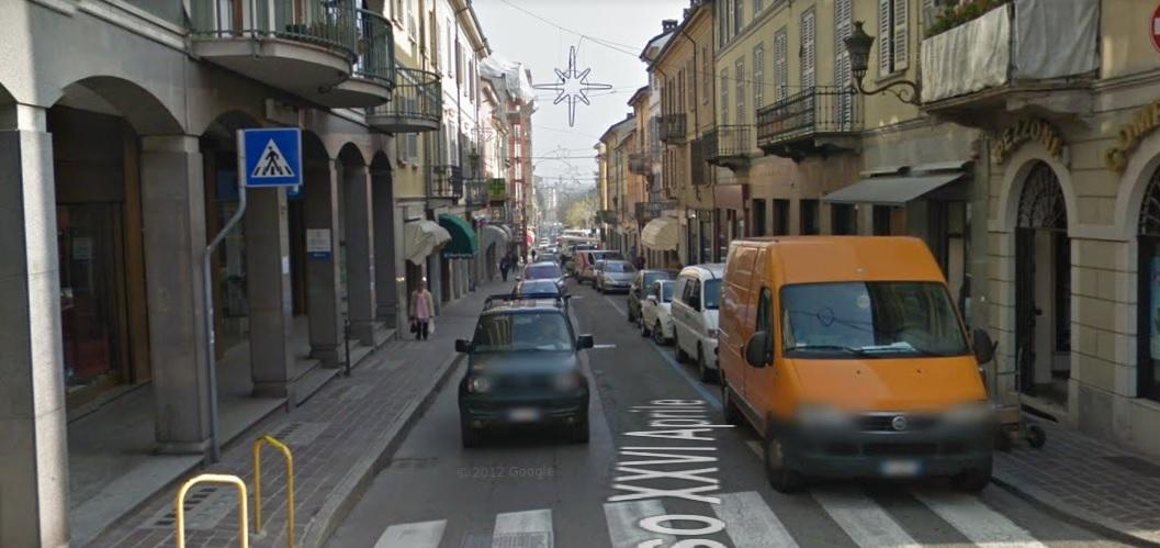 Negozio / Locale in affitto a Stradella, 9999 locali, prezzo € 950 | CambioCasa.it