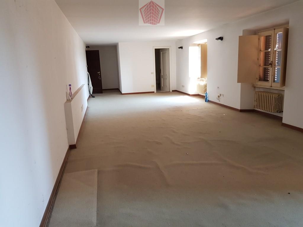 Appartamento in affitto a Stradella, 2 locali, prezzo € 350 | CambioCasa.it
