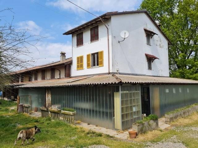 Azienda Agricola in vendita a Arena Po, 9999 locali, prezzo € 350.000 | CambioCasa.it