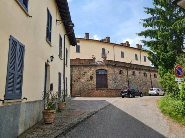 Appartamento in vendita a Castana, 2 locali, prezzo € 75.000   CambioCasa.it