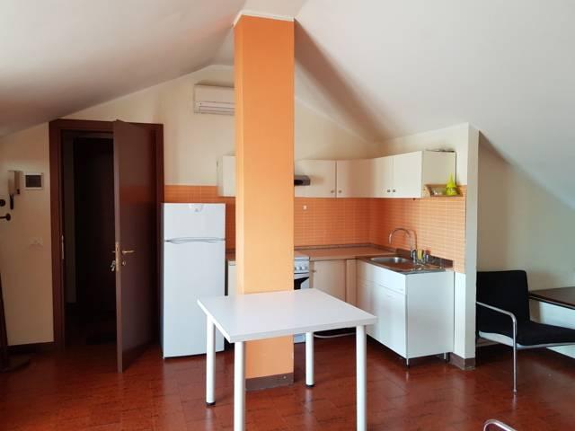 Appartamento in affitto a Stradella, 2 locali, prezzo € 420 | CambioCasa.it