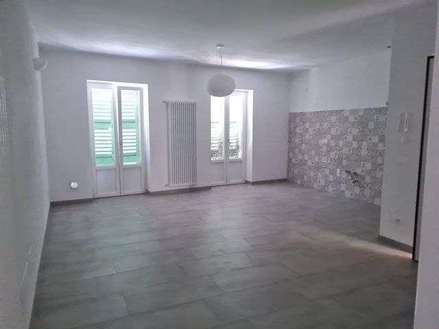 Appartamento in affitto a Stradella, 2 locali, prezzo € 500 | CambioCasa.it