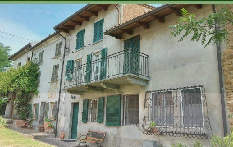 Casa indipendente in vendita a Montù Beccaria (PV)