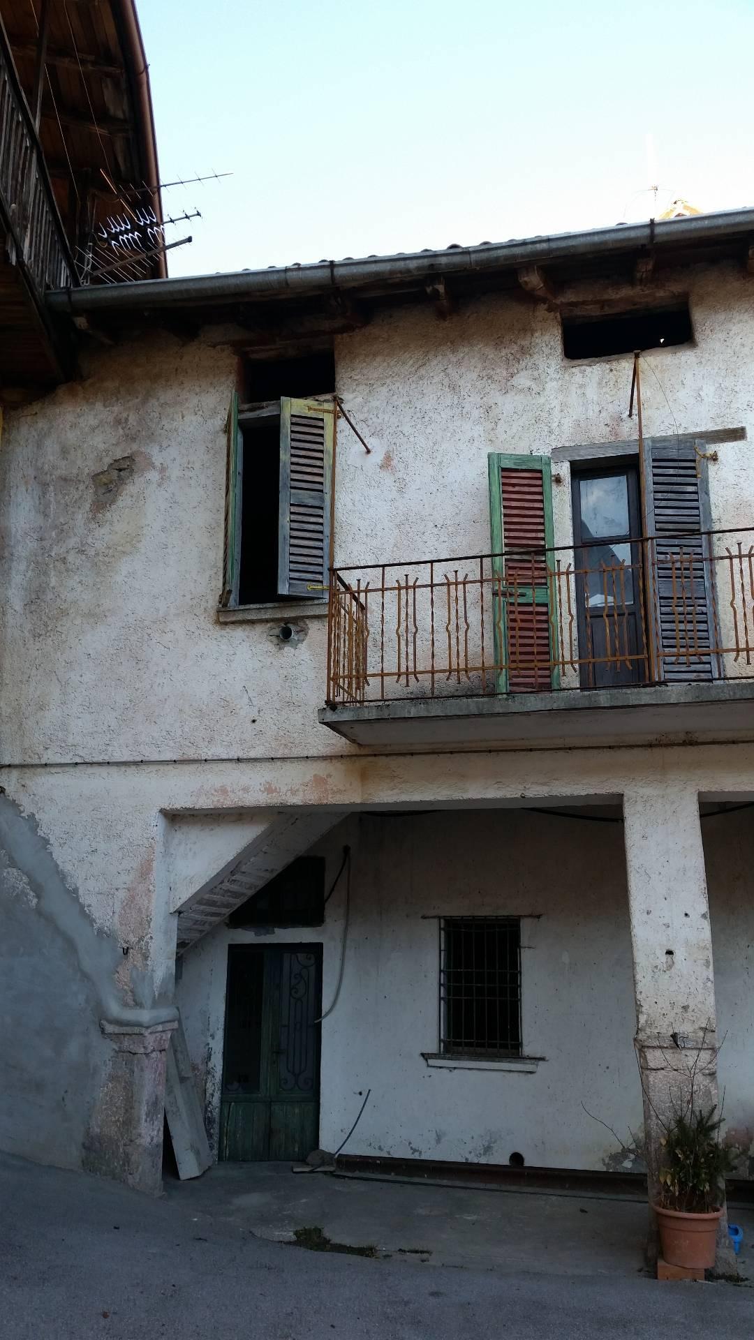 Rustico / Casale in vendita a Pertica Alta, 3 locali, zona Zona: Noffo, prezzo € 11.000 | CambioCasa.it