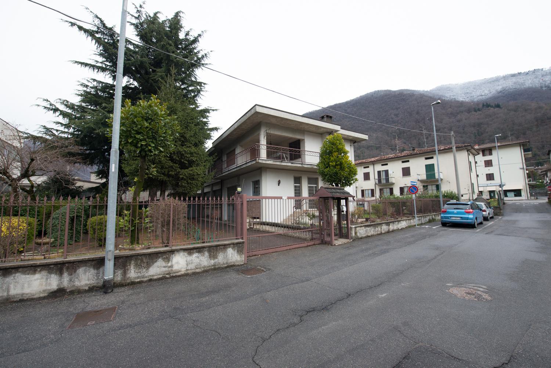 Capannone in vendita a Sarezzo, 9999 locali, zona Zona: Zanano, Trattative riservate | Cambio Casa.it