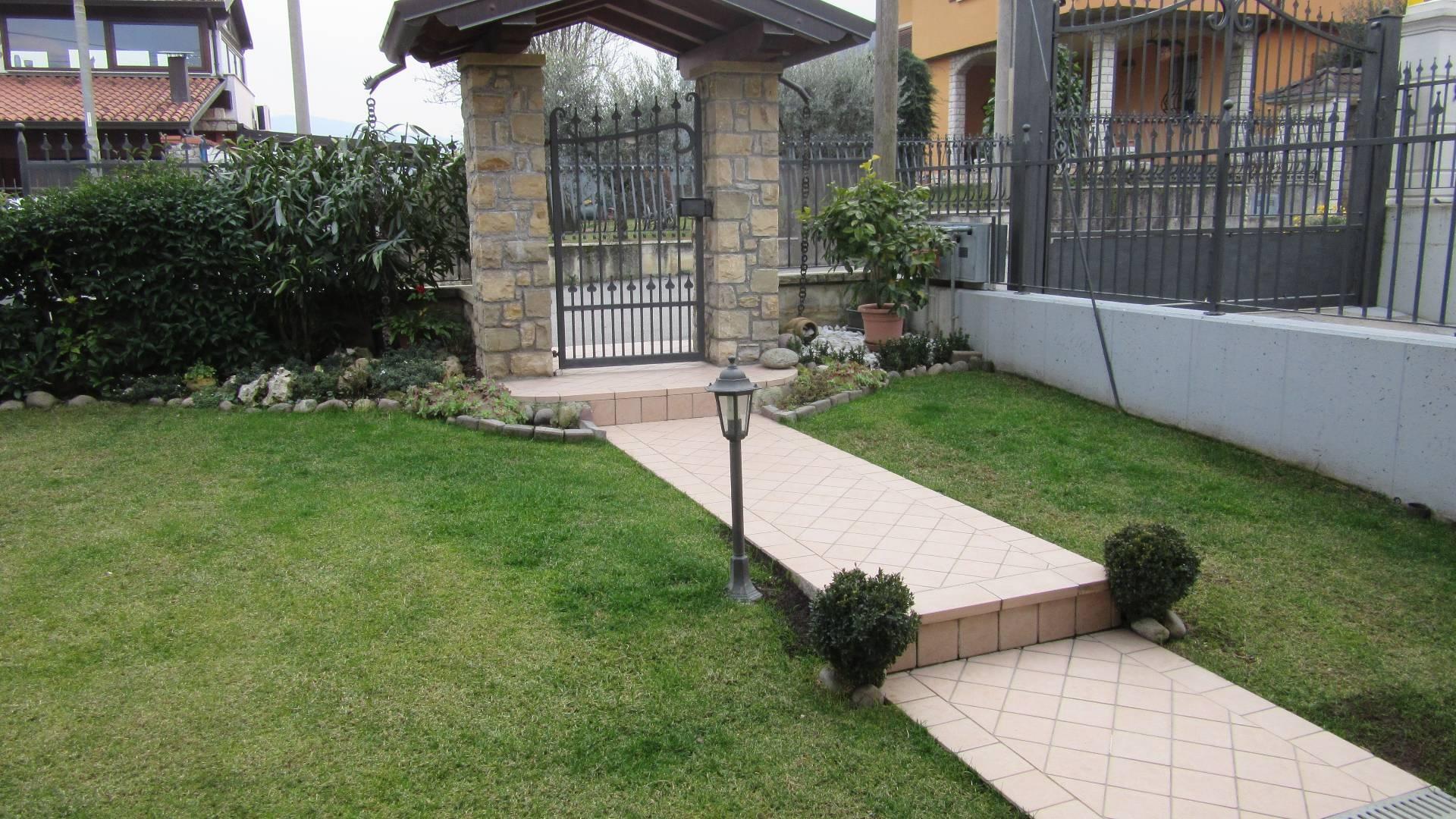 Villa in vendita a Villa Carcina, 7 locali, zona Zona: Cailina, prezzo € 369.000 | CambioCasa.it