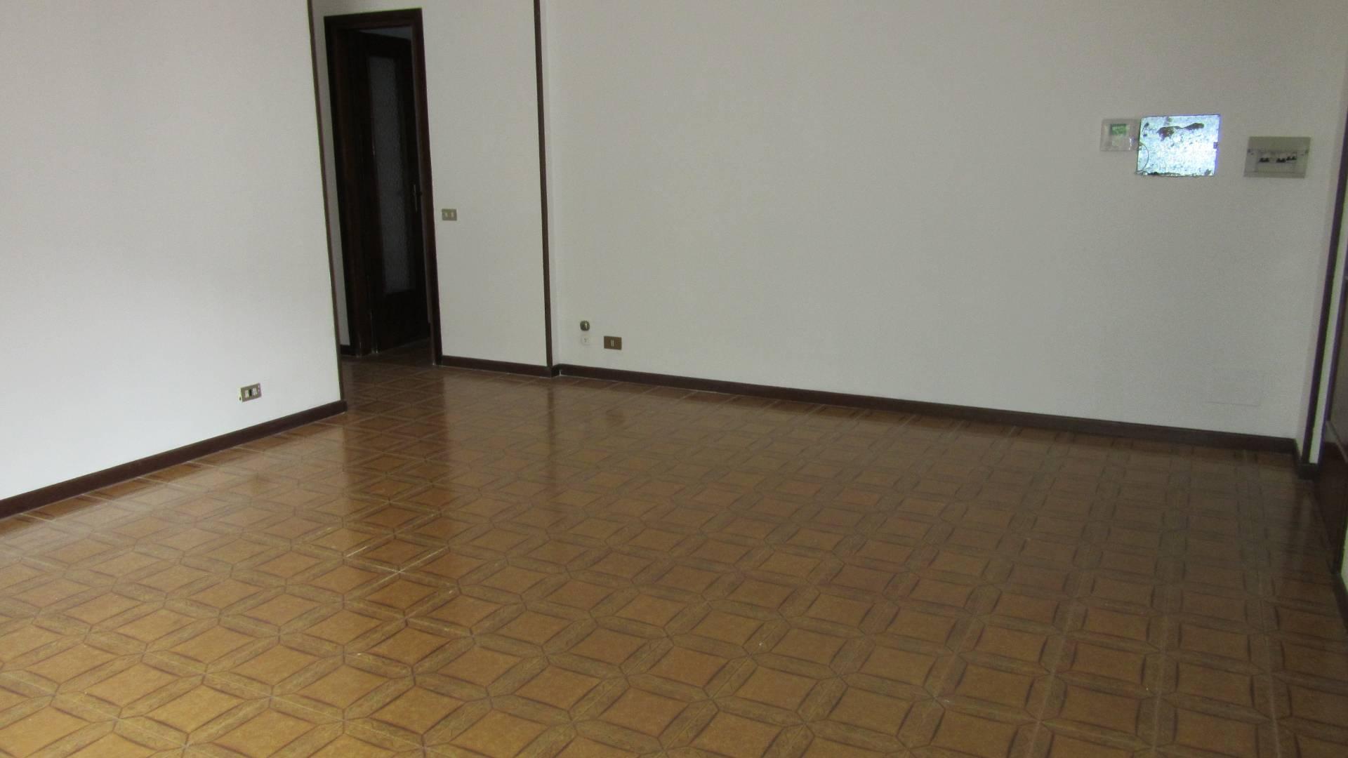 Appartamento in vendita a Villa Carcina, 3 locali, zona Zona: Villa, prezzo € 102.000 | CambioCasa.it