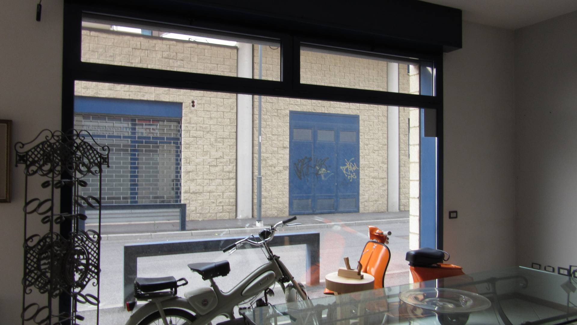 Negozio / Locale in affitto a Sarezzo, 9999 locali, prezzo € 950 | CambioCasa.it
