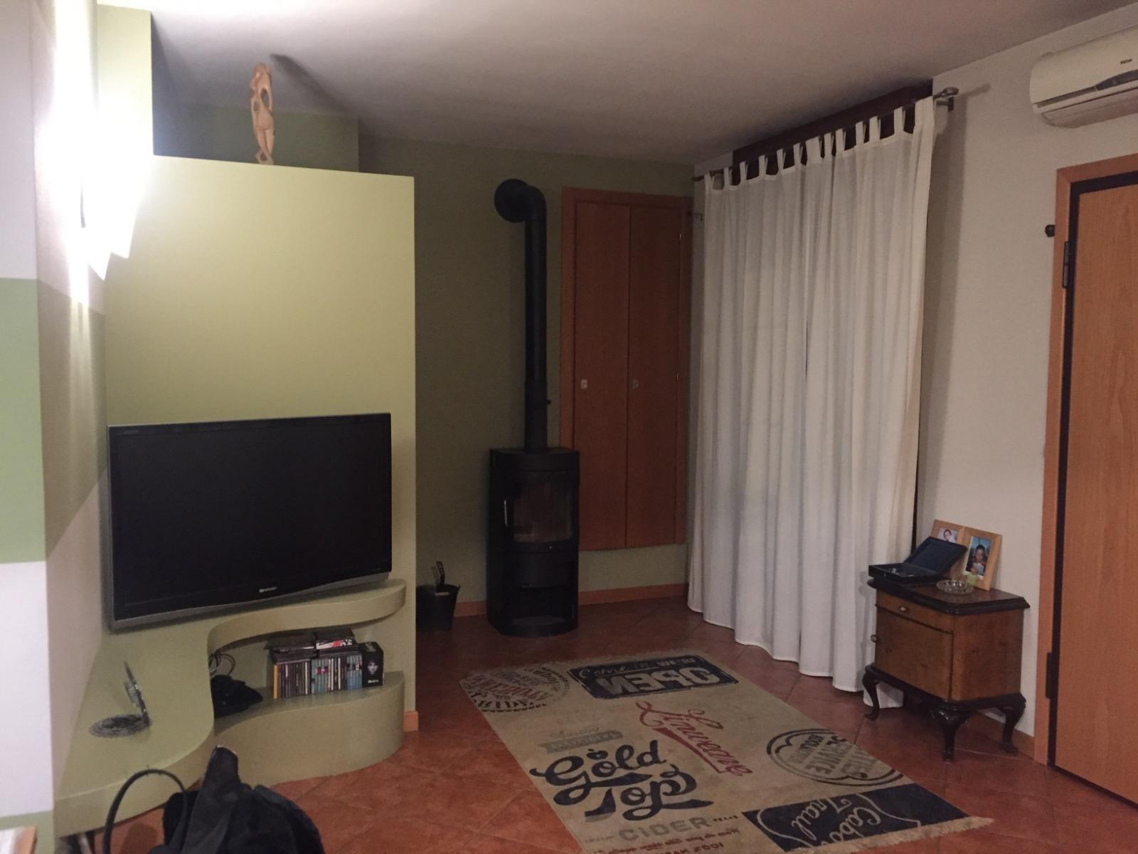 Appartamento in vendita a Concesio, 3 locali, zona Zona: Pieve, prezzo € 200.000 | CambioCasa.it