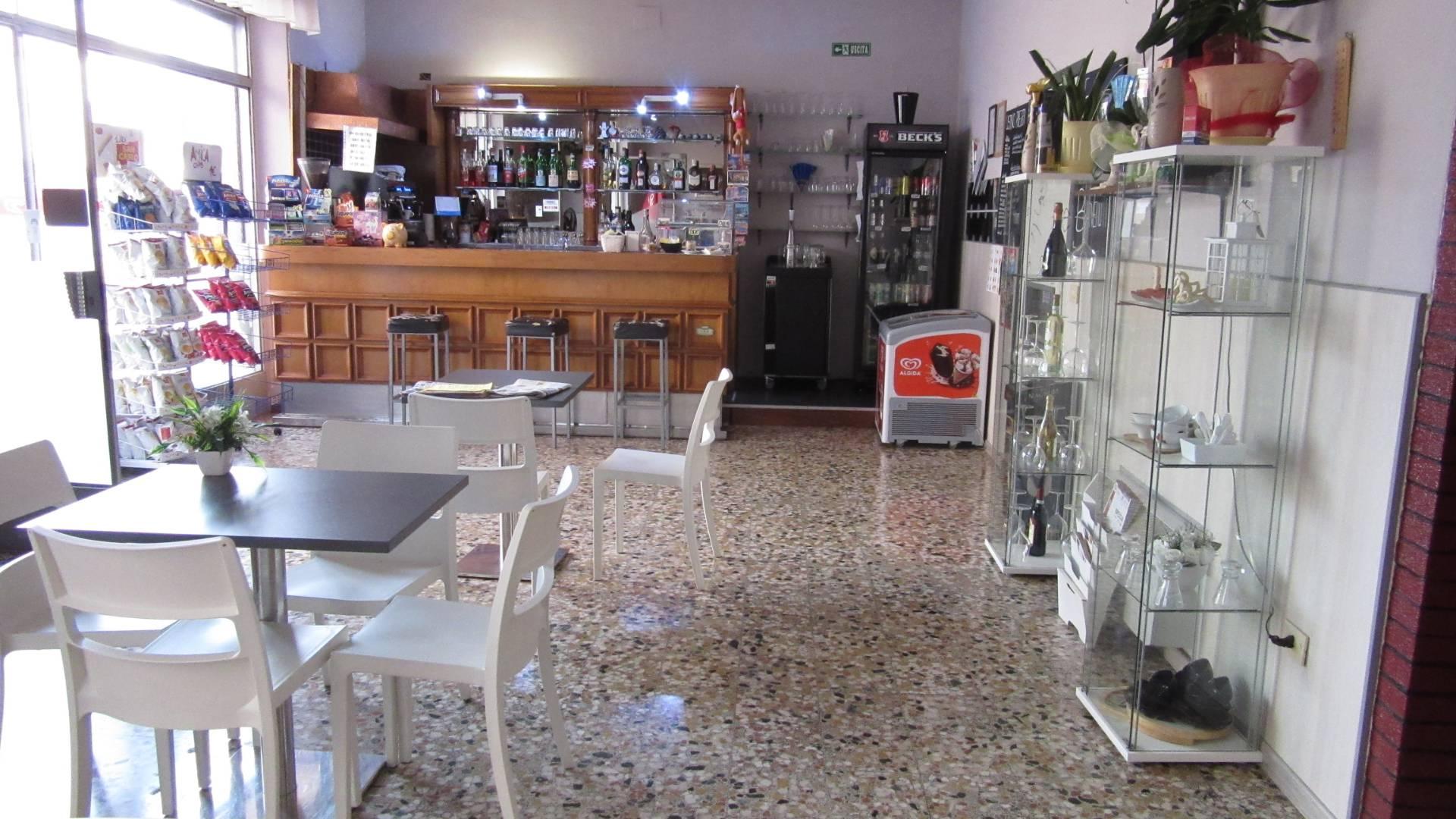 Attività / Licenza in vendita a Villa Carcina, 9999 locali, zona Zona: Villa, prezzo € 40.000 | CambioCasa.it