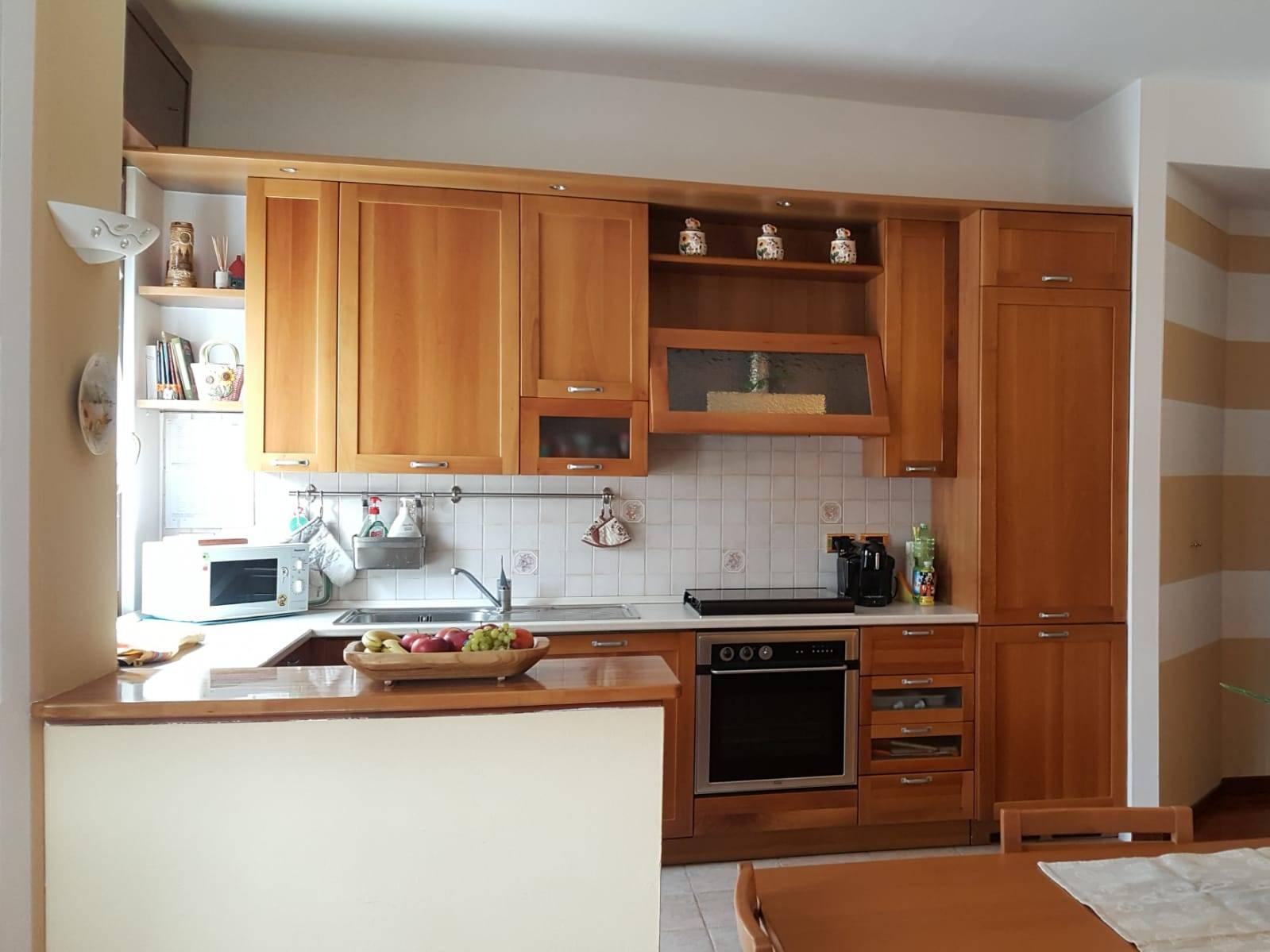 Appartamento in vendita a Villa Carcina, 3 locali, zona Zona: Villa, prezzo € 120.000 | CambioCasa.it
