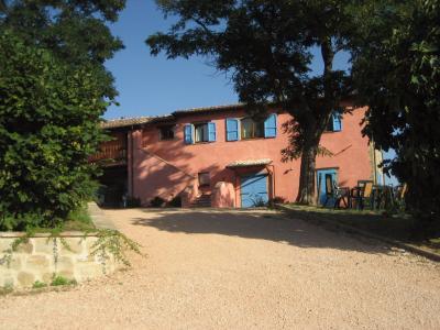 Villa in Vendita a Camerino