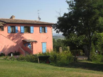 Villa for Sale to Camerino