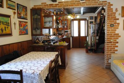 Single House for Sale to Porto Recanati