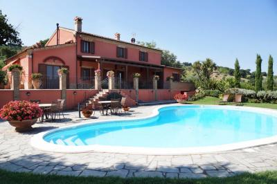 For sale Villa in Potenza Picena