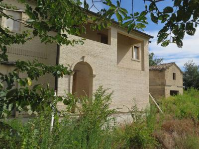 Villa for Sale to Recanati