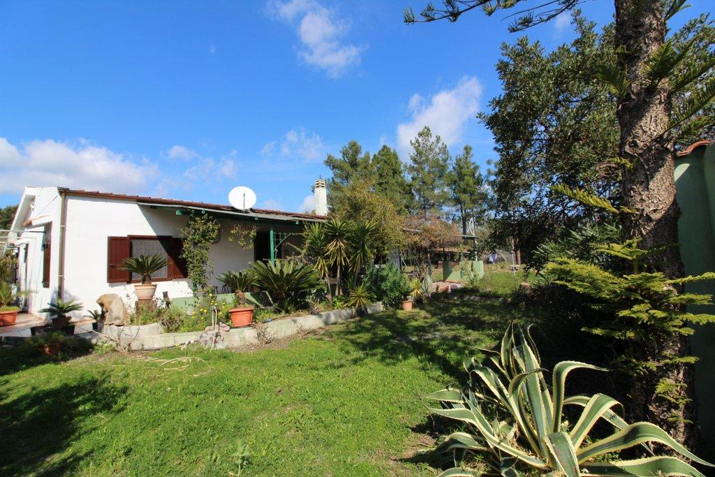 Villa in affitto a Villa San Pietro, 4 locali, Trattative riservate | Cambio Casa.it