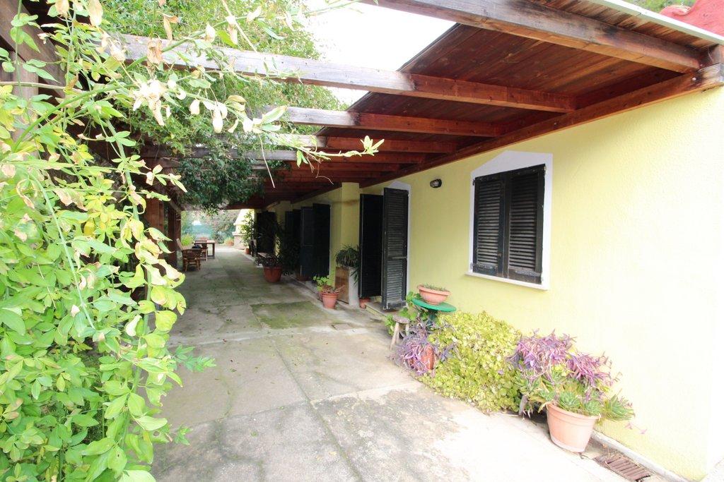Soluzione Indipendente in affitto a Sarroch, 4 locali, prezzo € 400 | Cambio Casa.it