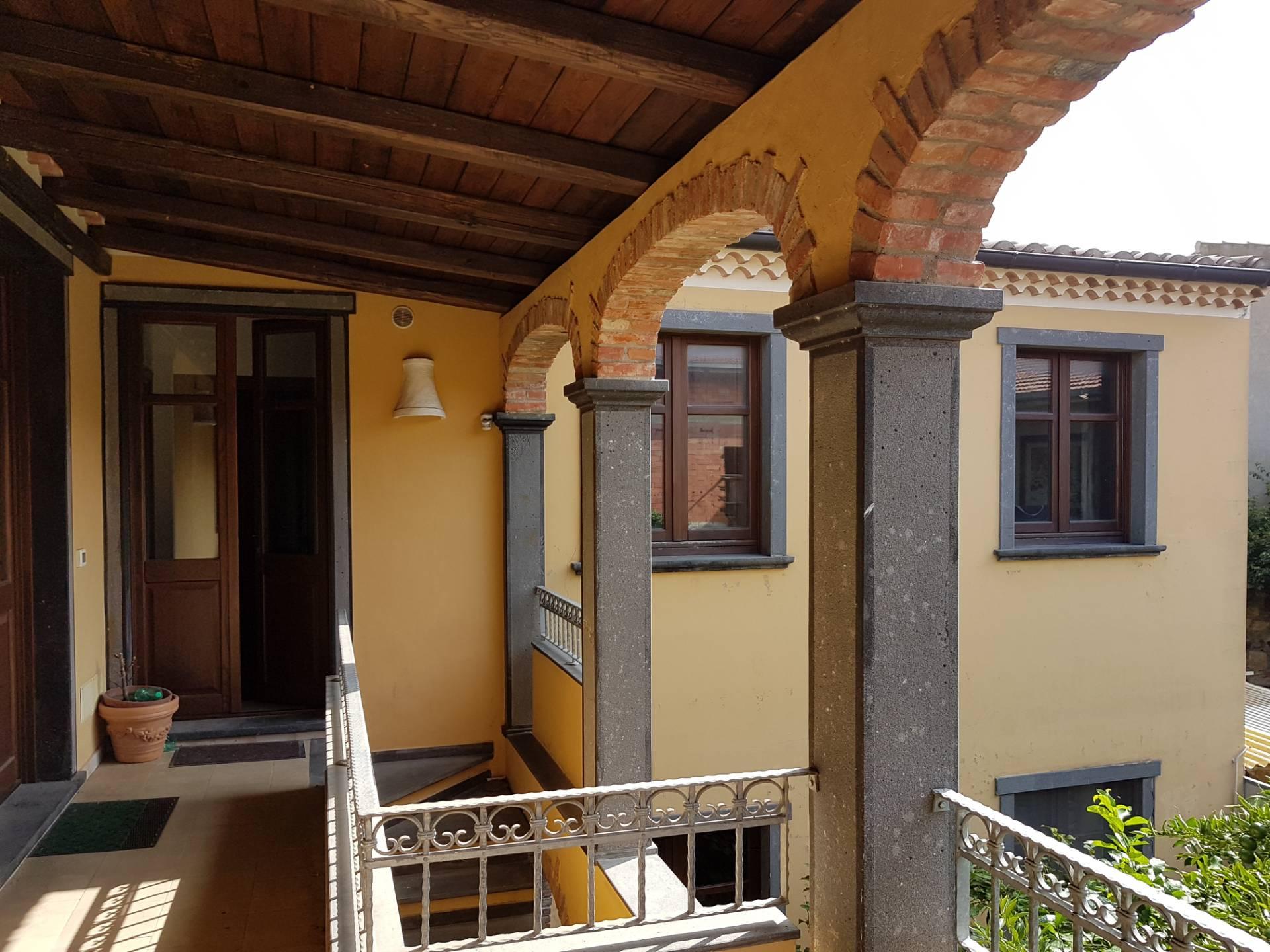 Soluzione Indipendente in vendita a Sardara, 7 locali, prezzo € 139.000 | CambioCasa.it