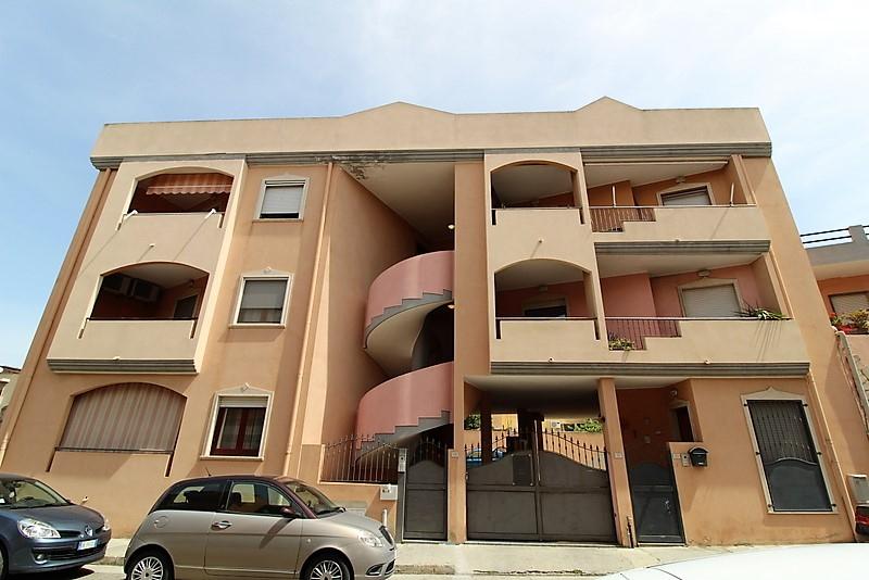 Appartamento in vendita a Quartu Sant'Elena, 3 locali, zona Località: Colombo, prezzo € 139.000 | PortaleAgenzieImmobiliari.it