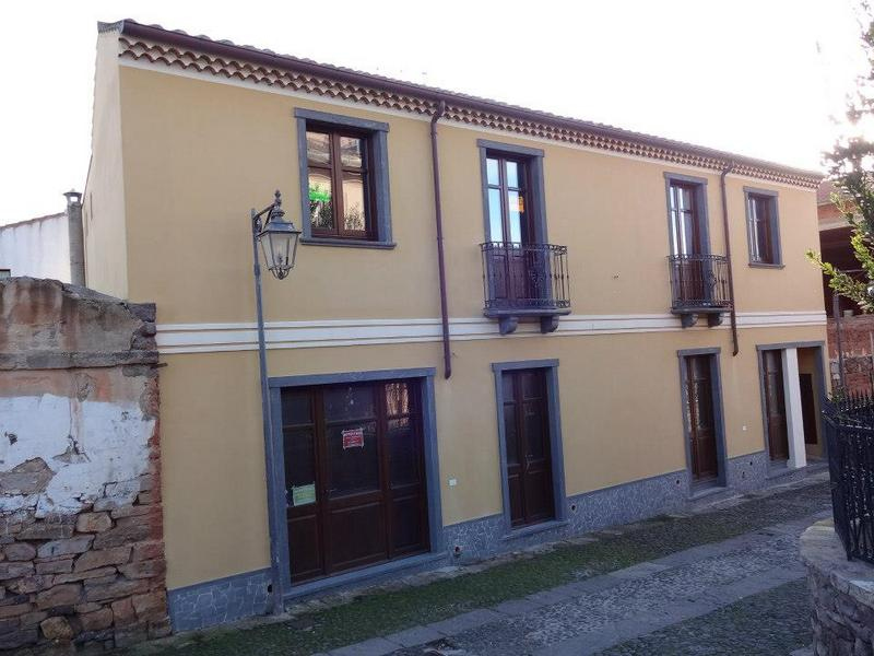 Appartamento in vendita a Sardara, 8 locali, Trattative riservate | CambioCasa.it
