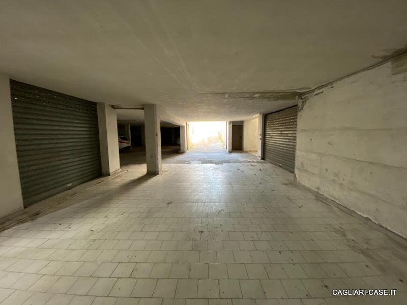 Box / Garage in vendita a Quartu Sant'Elena, 1 locali, prezzo € 19.500 | CambioCasa.it