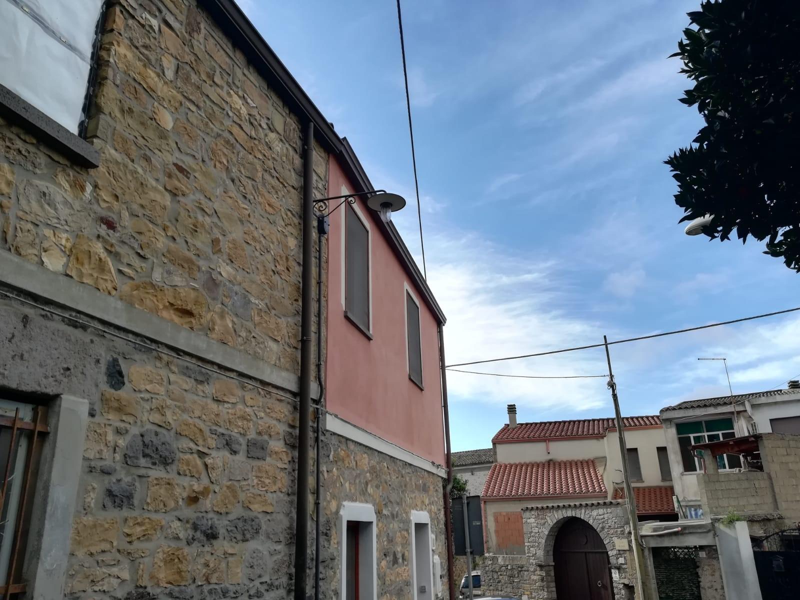 Soluzione Indipendente in vendita a Sardara, 3 locali, prezzo € 79.000 | CambioCasa.it