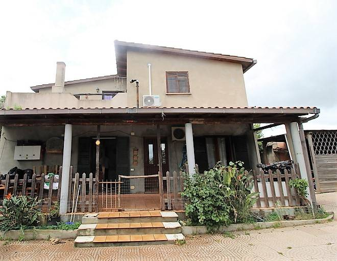 Appartamento in vendita a Quartu Sant'Elena, 4 locali, zona Località: Flumini-Separassiu, prezzo € 99.000 | CambioCasa.it